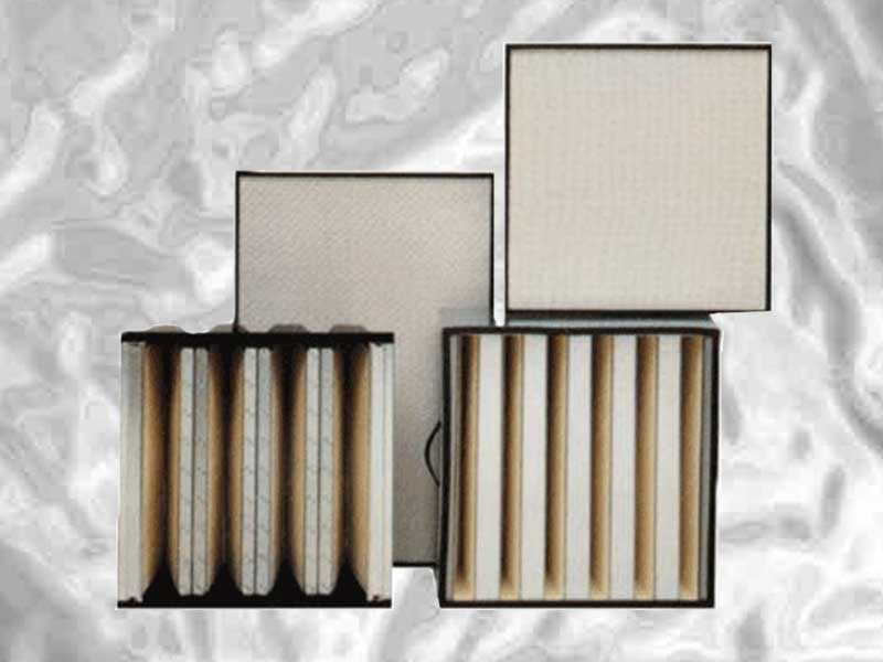 High Efficiency Particulate Air filters have been specifically developed for the collection of low micron and sub-microns particles in critical industries in order to control and contain contamination. Manufactured in metal and wood cases, deep or mini-pleat from H10 to U17 grades.